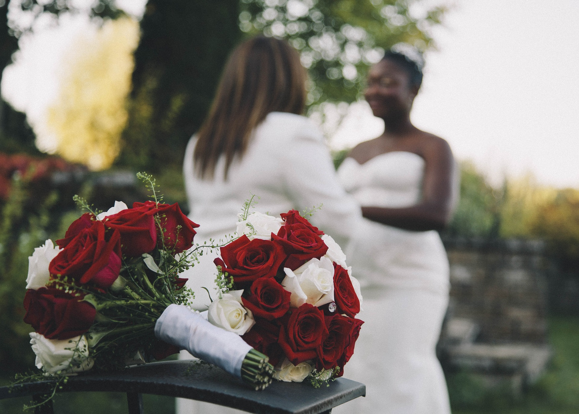 love_is_love_wedding_bouquets_roses