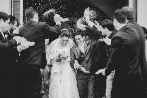 throw-rice-wedding-groom-bride-cheers-confetti